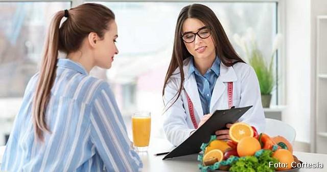 ¡RAZONES POR LAS QUE DEBES DE ACUDIR A UN NUTRIÓLOGO!
